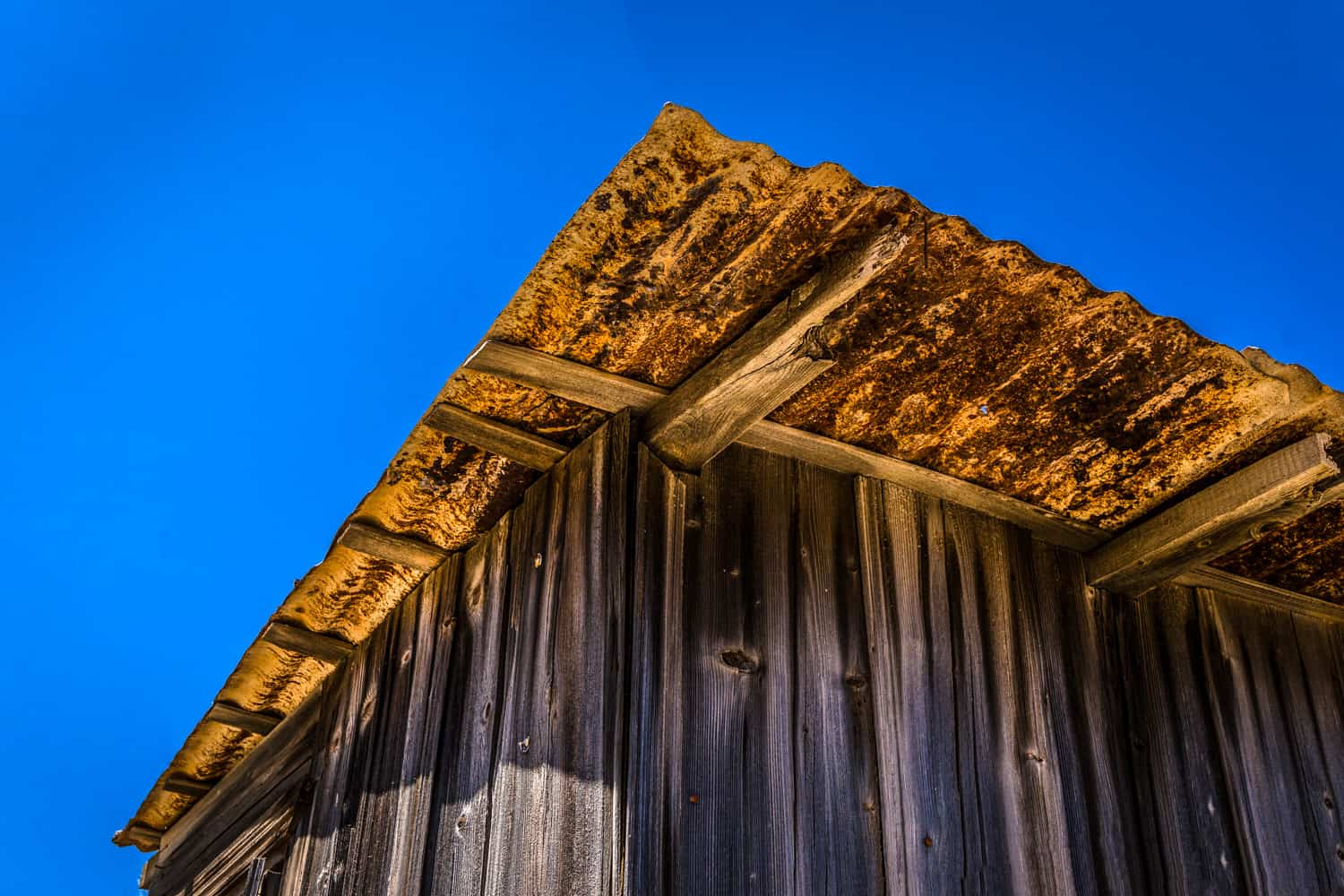Picture of a Rusty Hut, St Pauls Bay, Lindos, by Rick McEvoy travel photographer