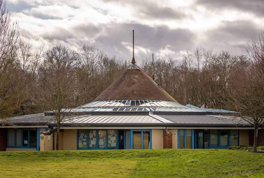 New roof in Basingstoke by Rick McEvoy Photography