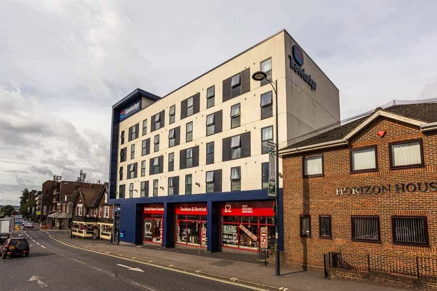 Travelodge Eastleigh Central by Rick McEvoy Photography